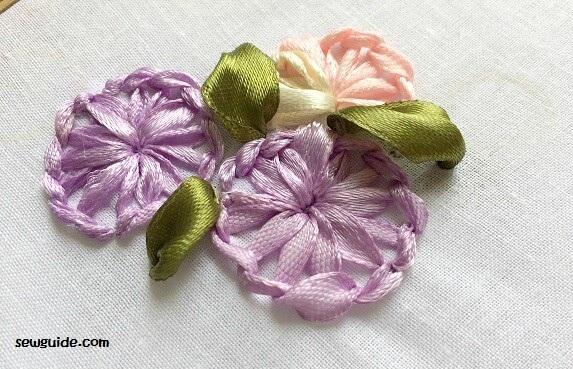 flores de bordado de cinta