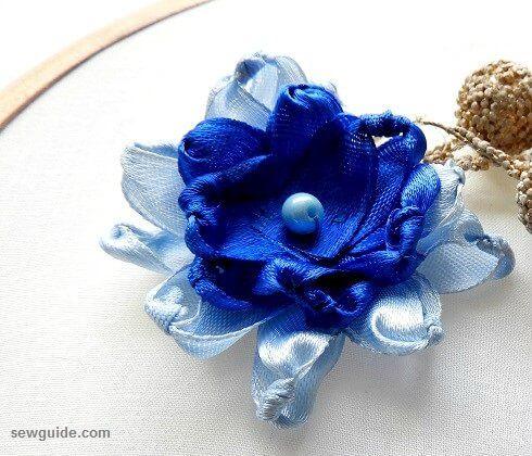 hacer flores de cinta