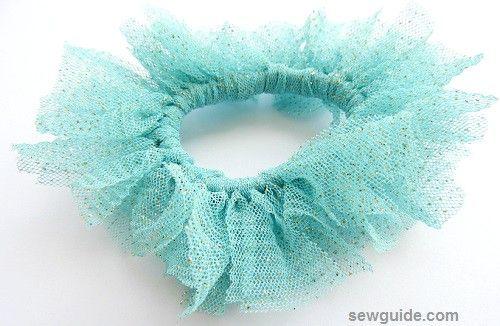 hacer srunchies de tela casera