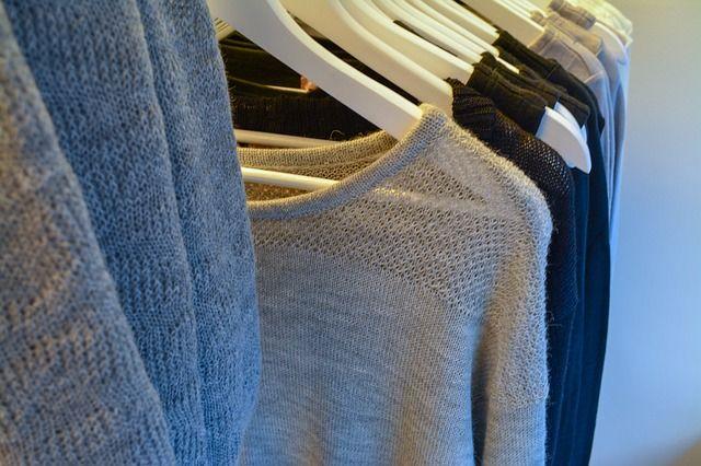 limpiar y lavar la ropa