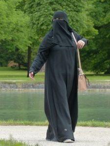 ropa islámica de mujeres árabes