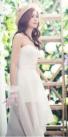 Vestido de silueta simétrica