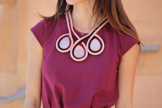 collar de joyas de tela