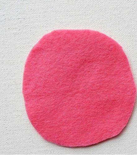 bricolaje rosa con tela de fieltro