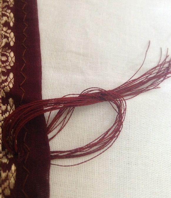 Cómo coser una borla para saris