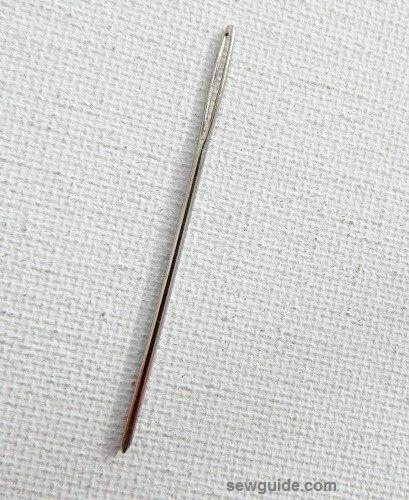 agujas de coser a mano
