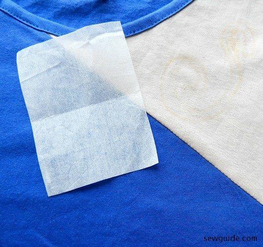 bordado de camiseta