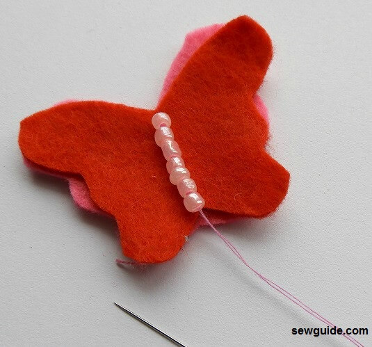 coser mariposas