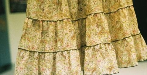 falda escalonada