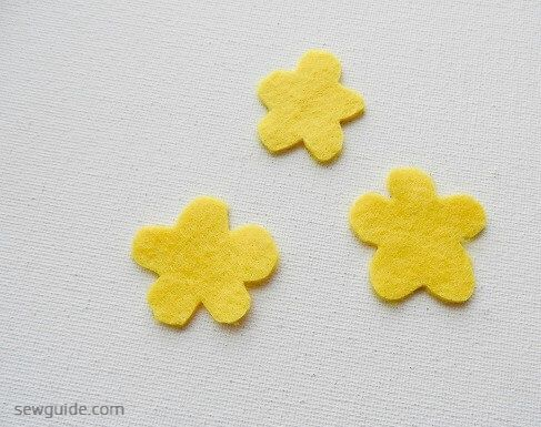 tutorial para hacer flores con fieltro