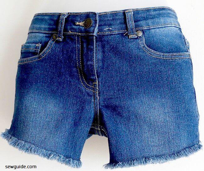 cortar pantalones cortos de mezclilla tutorial