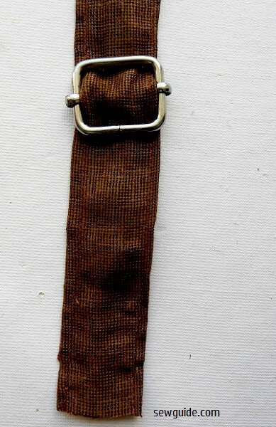 Cómo coser una mochila con correas ajustables