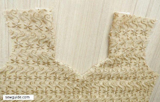 patrón de costura de línea de cuello cariño