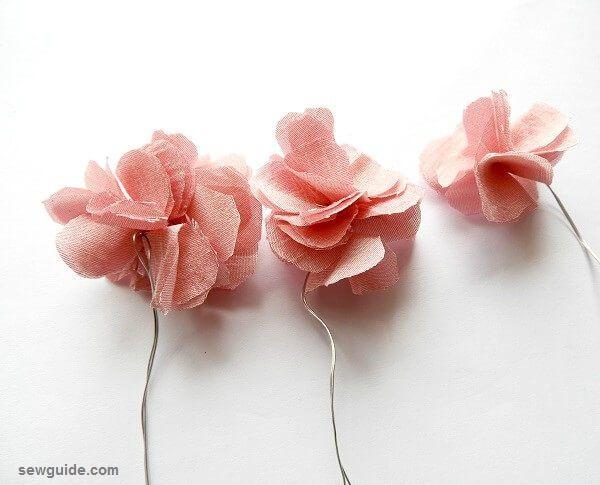 hacer flores con tela