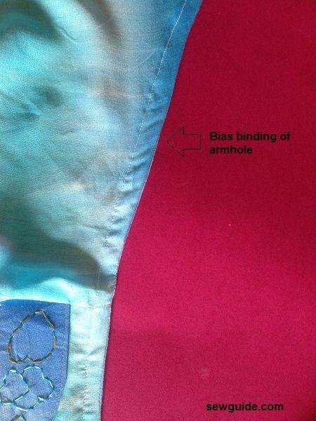 coser una camiseta sin mangas