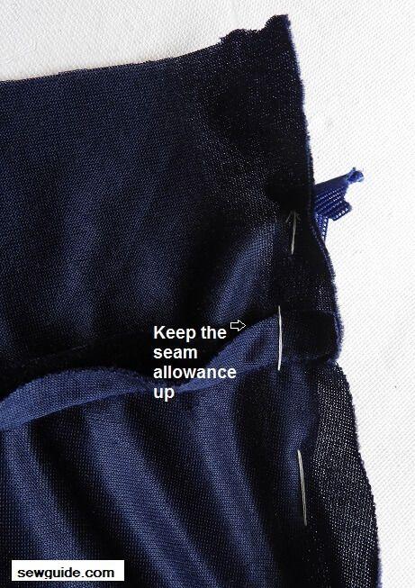 inserte una cremallera en la cintura