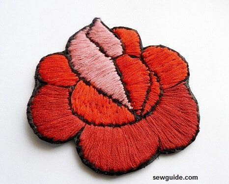 hacer parches de tela bordados