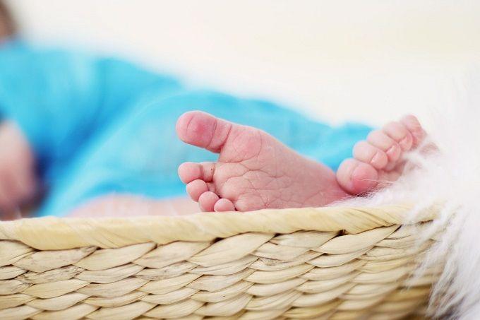 lista de verificación de canastilla de bebé