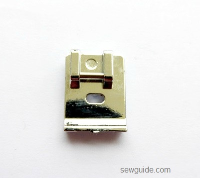 pies de presión de la máquina de coser