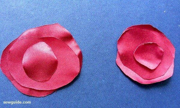 como hacer flores rosas de tela